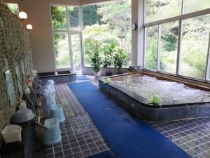 津風呂湖温泉浴槽