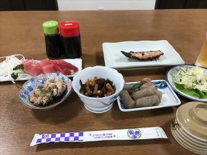 13小阪屋食事