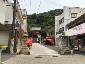 紀三井寺門前